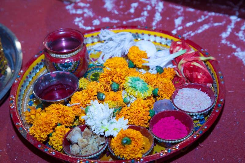 Puja и материал свадьбы ритуальный для северной индийской свадьбы стоковое изображение