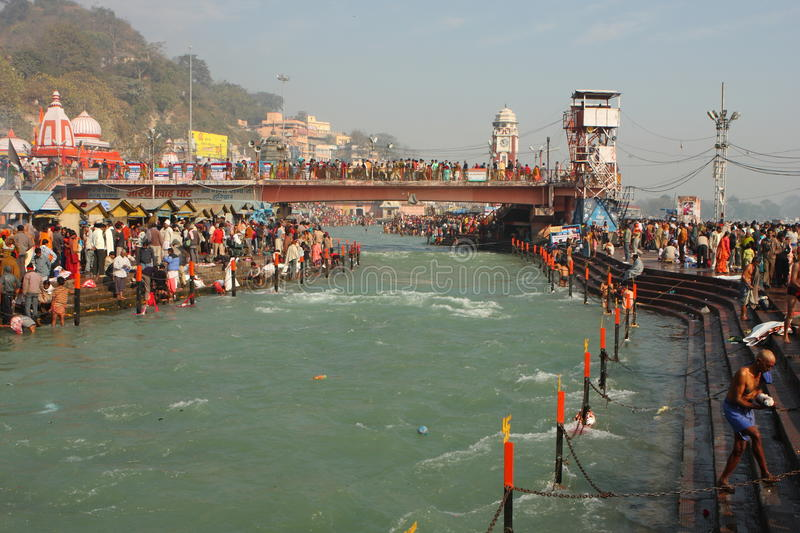 Download Puja Ceremony On The Banks Of Ganga River Editorial Stock Image - Image: 12324189