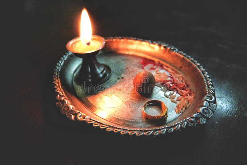 Puja Thali royaltyfri fotografi