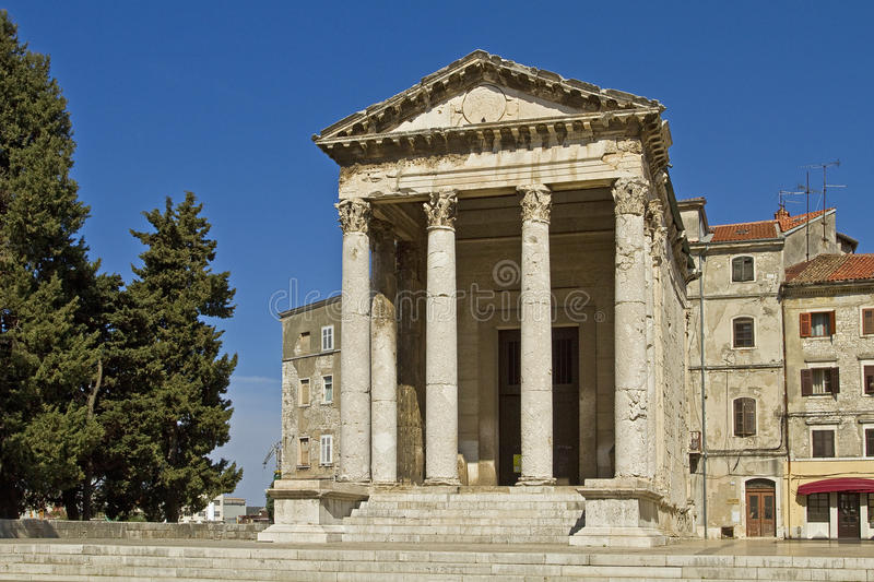 Download Pula -  Temple Of Augustus Royalty Free Stock Photos - Image: 24407198
