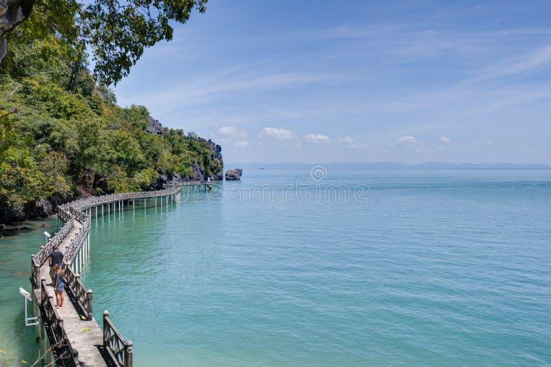 Pulau Gua Cherita, Langkawi, Malaysia arkivfoto