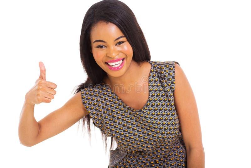 Pulgar africano de la muchacha para arriba fotos de archivo libres de regalías