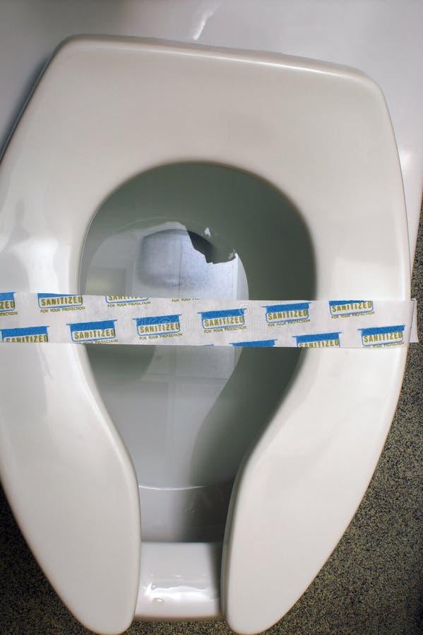 Pulisca il lavabo pubblico fotografia stock