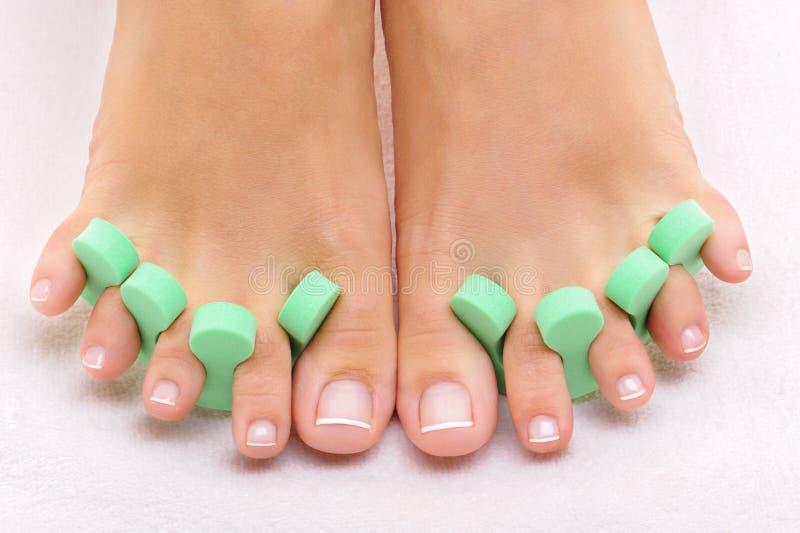pulisca la foto piacevole dei piedi fotografia stock libera da diritti