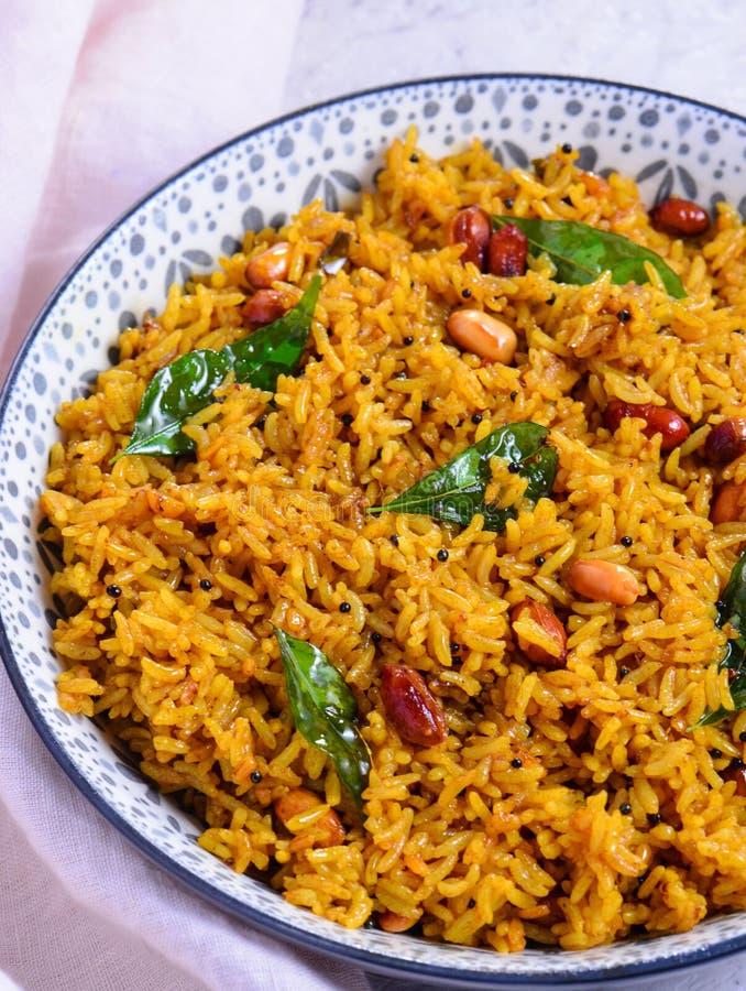 Puliyogare - Plat de riz végétarien traditionnel du sud de l'Inde photo stock