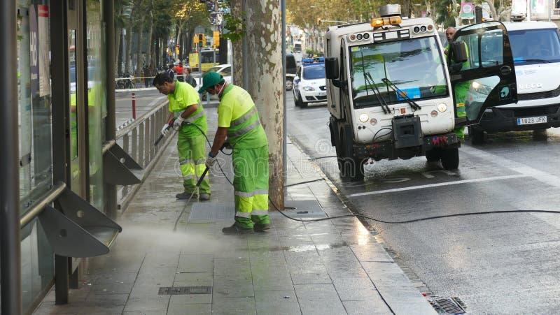 Pulizia della cera di pavimento immagine stock