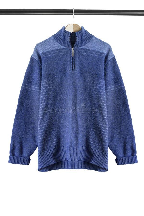 Pullover auf Kleiderständer lizenzfreie stockfotografie