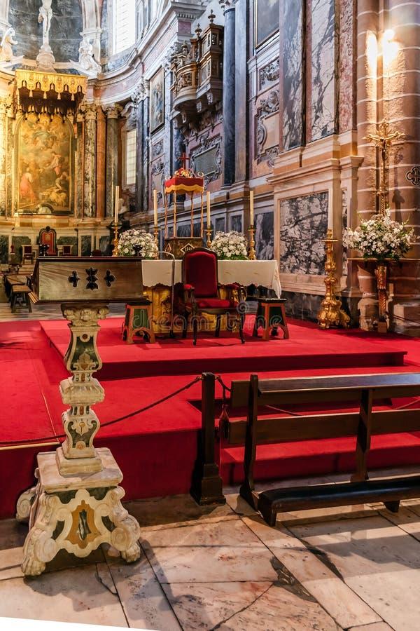 Pulpit i ołtarz Evora katedra wielka katedra w Portugalia zdjęcie royalty free