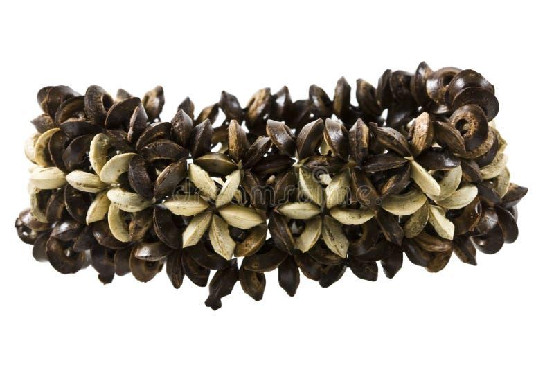 Pulsera floral de madera aislada imágenes de archivo libres de regalías