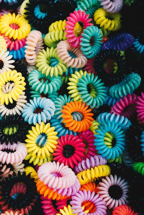 Pulsera hecha del material colorido foto de archivo libre de regalías