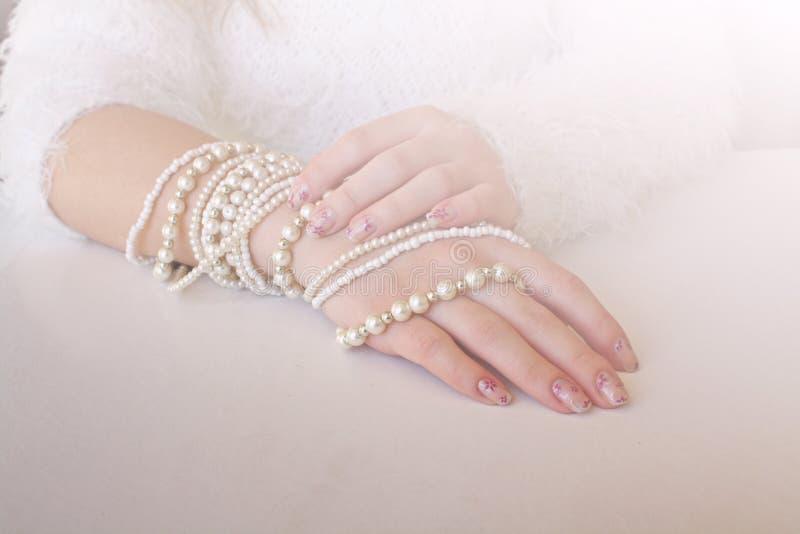 Pulseras de la perla. fotos de archivo libres de regalías