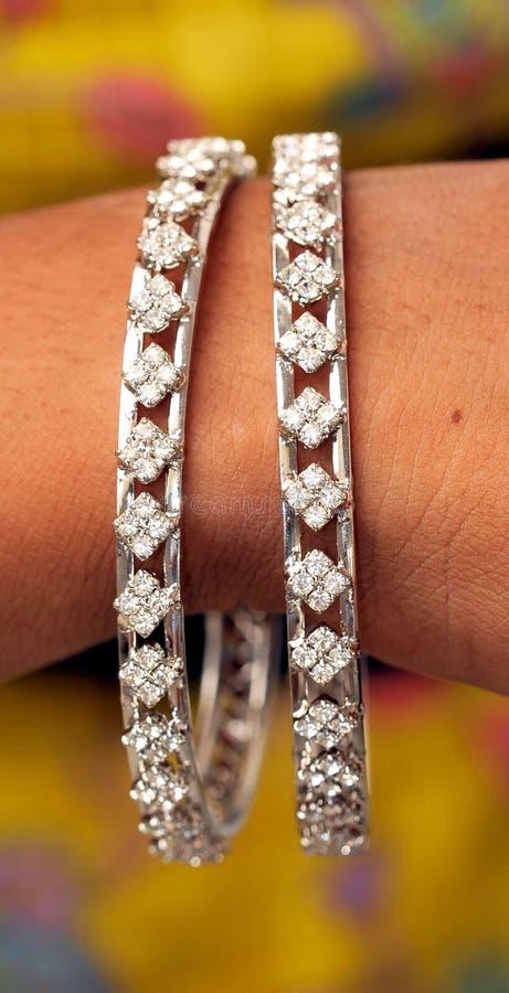 Pulseras del diamante fotografía de archivo libre de regalías