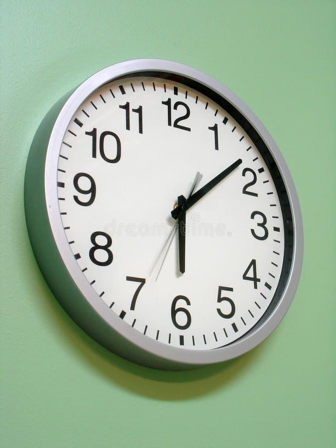 Download Pulso de disparo foto de stock. Imagem de clock, medida - 102504