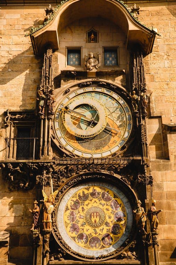 Pulso de disparo astronômico na praça da cidade velha de Praga, fotos de stock royalty free
