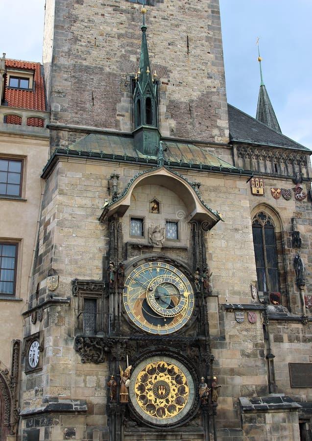 Pulso de disparo astronômico ou Orloj de Praga na câmara municipal velha em Praga fotografia de stock royalty free