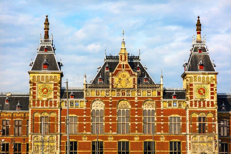 Pulso de disparo central Amsterdão Holland Netherlands do símbolo do estação de caminhos-de-ferro imagens de stock