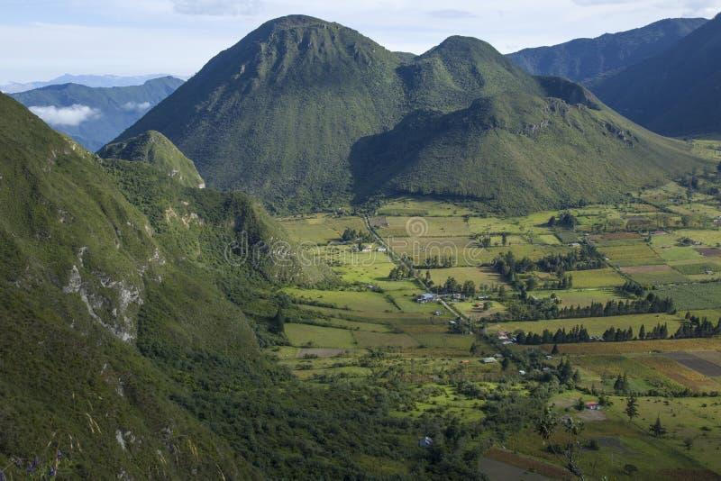 Pululahua Geobotanical reserv i Quito, Ecuador fotografering för bildbyråer
