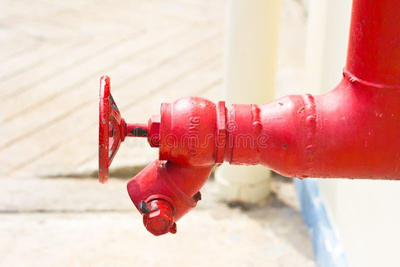 Pumpen und Ventilkontrollen lizenzfreie stockbilder