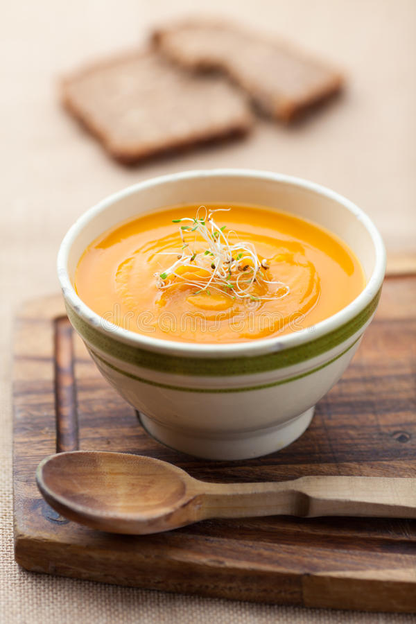 Free Pumpkin Soup In A Bowl Stock Photography - 68308662