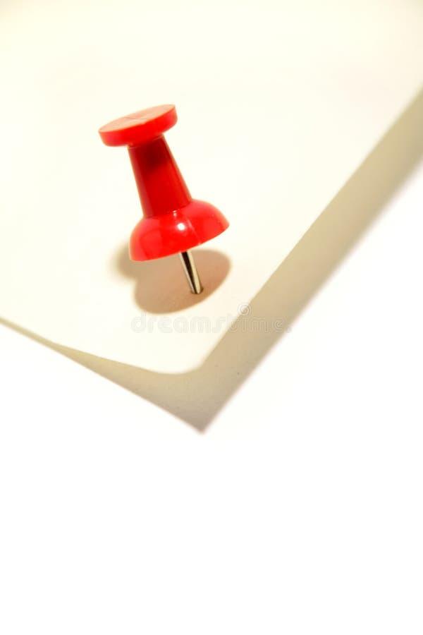 Punaise et papier de note rouges photos libres de droits