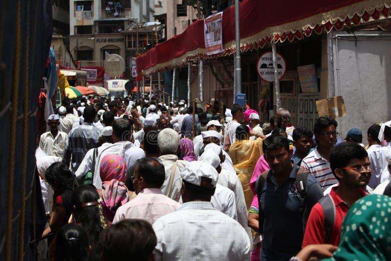 Pune, Inde - July 11, 2015 : Milliers de foule t de personnes photographie stock