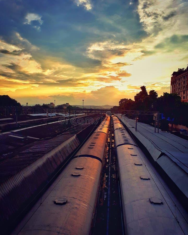Pune-S-Bahn-Bahnhof stockfoto