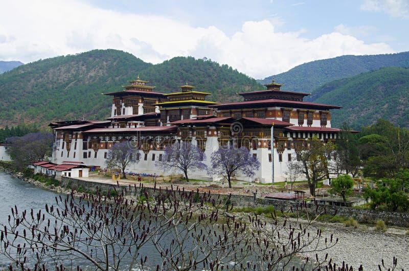 Pungtang Dechen Photrang Dzong ou palais de grand bonheur Une vue plus étroite Centre administratif Punakha Dzong image stock