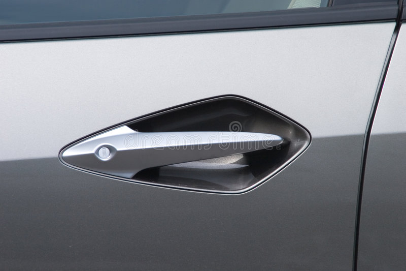 Punho e fechamento de porta do carro imagens de stock royalty free