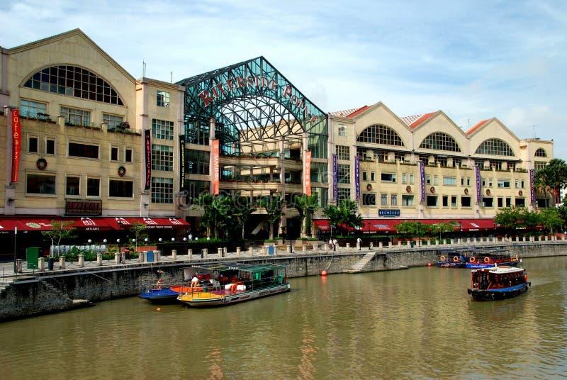 Download Punktåterställandeflodstrand Singapore Redaktionell Foto - Bild av shopping, flod: 19797230