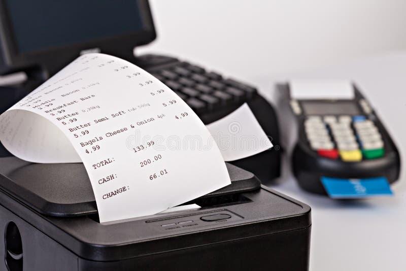 Punkt av det Sale systemet för detaljhandel med pappers- shopping royaltyfria foton