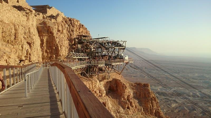Punkt för ankomst för Masada kabelbil - Israel arkivfoto