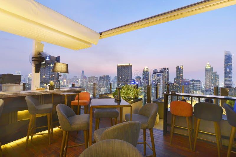 Punkt för Bangkok stadssikt från takstång royaltyfria bilder