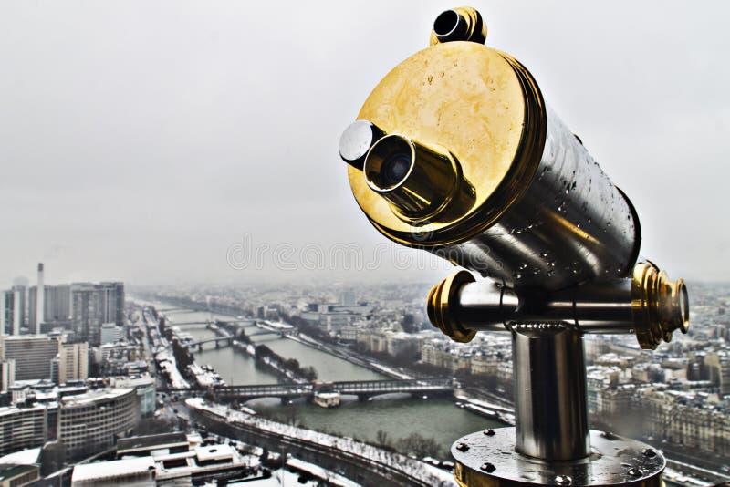 Punkt obserwacyjny od wieży eifla z Sena rzeką przy tłem zdjęcia royalty free