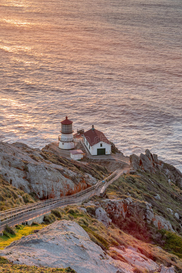 Punkt Reyes Lighthouse, solnedgång Punkt Reyes National Seashore, norr Kalifornien, USA arkivfoto