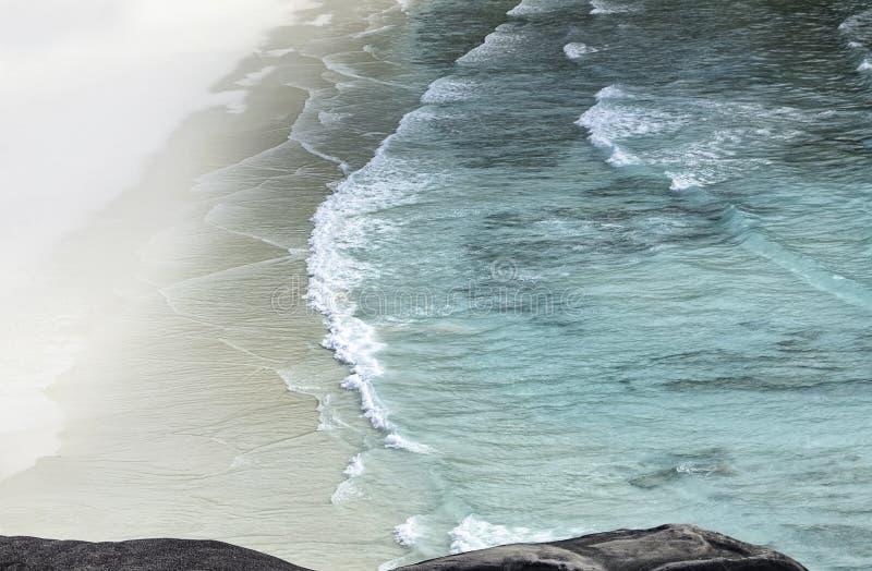 Punkt widzenia żeglowanie łodzi skała fotografia stock