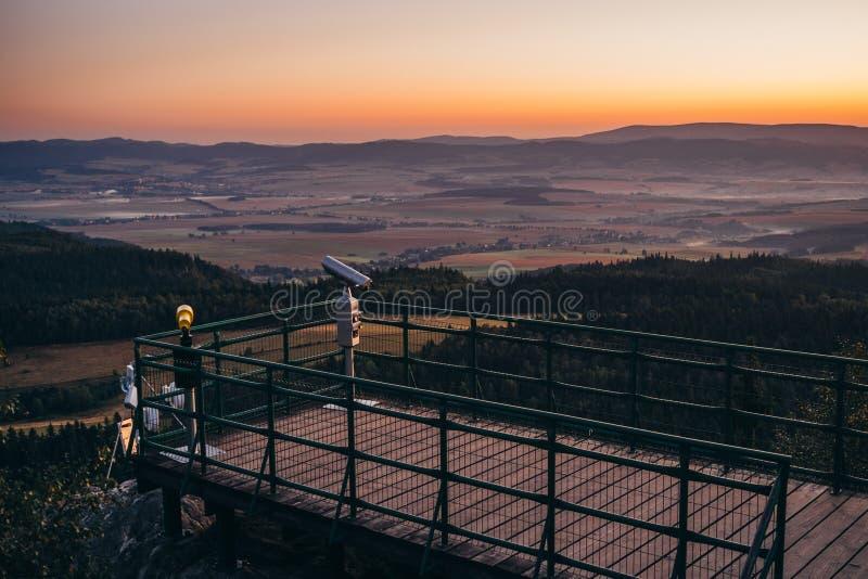 Punkt widzenia w górach zdjęcia royalty free