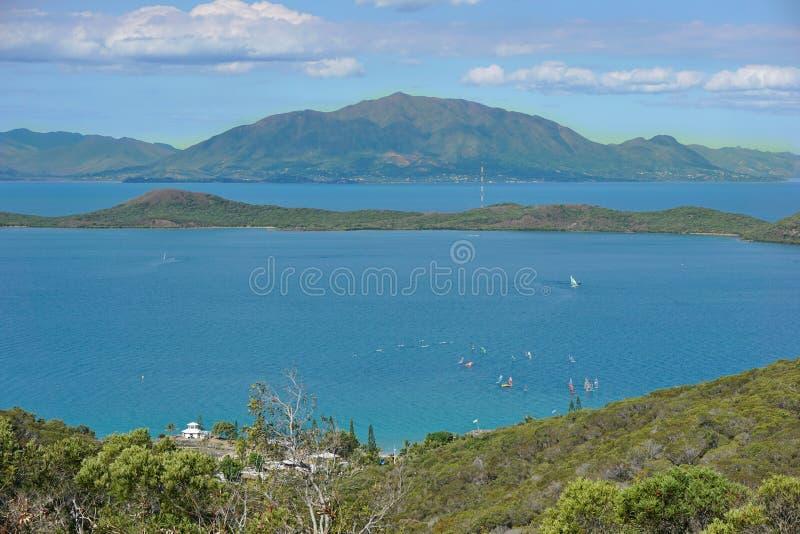 Punkt widzenia wyspa od Noumea miasta Nowy Caledonia zdjęcia royalty free