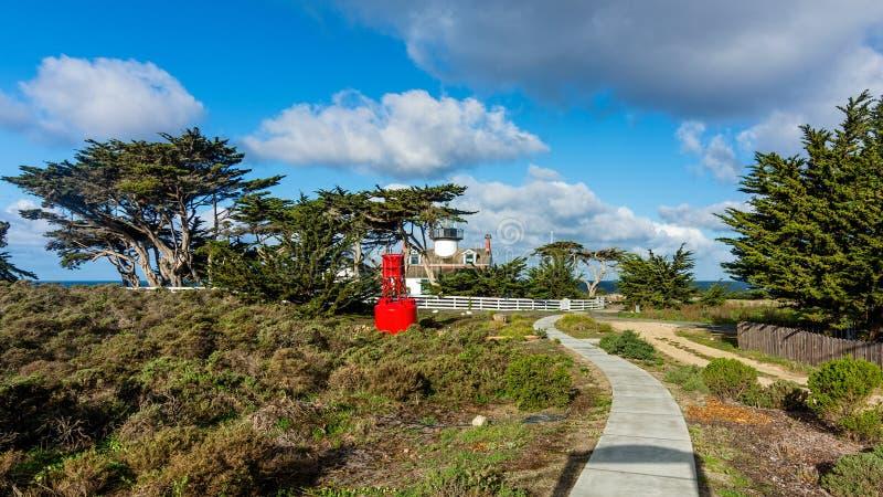 PunktPinos fyr, Stillahavs- dunge, Kalifornien, USA fotografering för bildbyråer