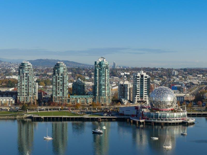 Punktu zwrotnego Vancouver nauki światowy wysoki góruje powietrznego Kanada Nov 2017 obraz stock