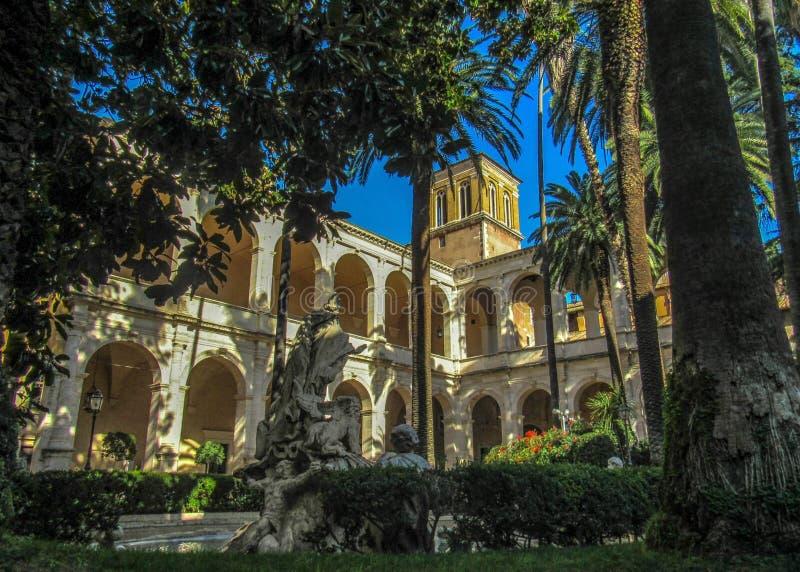 Punkty zwrotni i historyczne ruiny w Rzym, Włochy fotografia royalty free