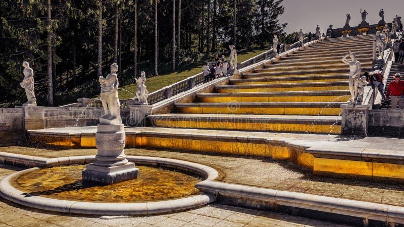 Punkty zwrotni Petergof, Rosja zdjęcia stock
