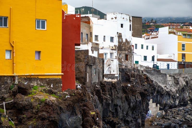 2019-03-12 Punta Brava - Puerto de la Cruz, Santa Cruz de Tenerife lilla staden på den atlantiska kusten fotografering för bildbyråer