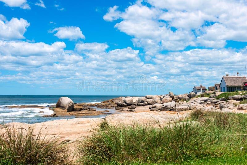 Punta Del Diablo Wyrzucać na brzeg, Urugwaj obraz stock