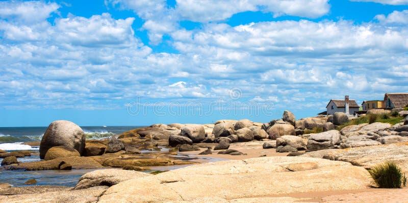 Punta Del Diablo Wyrzucać na brzeg, Urugwaj obrazy stock
