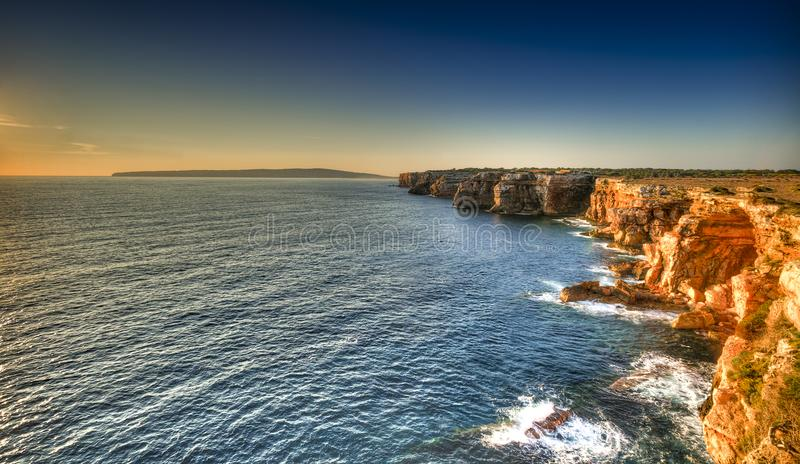Punta Prima na costa de Formentera imagem de stock