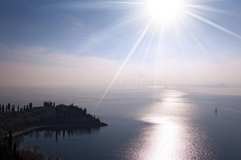 Punta San Vigilio, Garda jezioro Włochy - fotografia stock