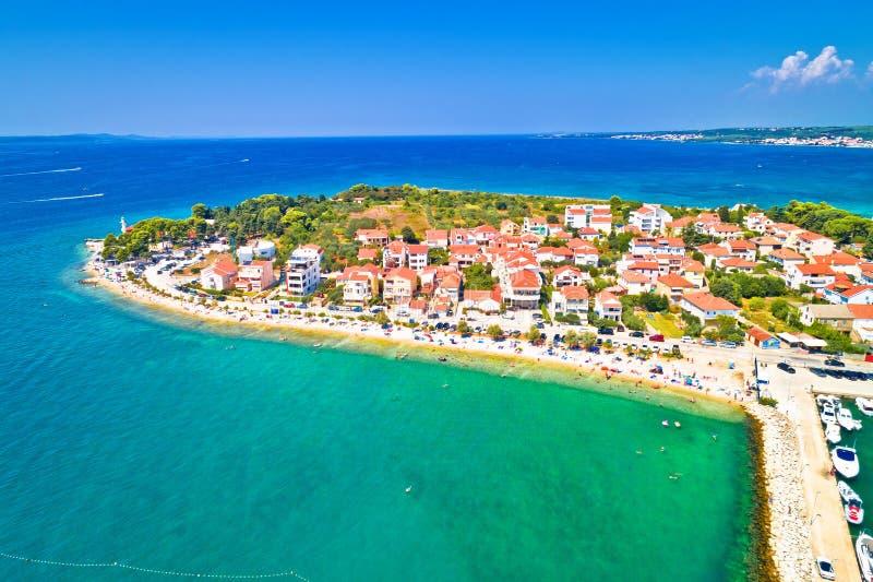 Puntamika półwysep w Zadar nabrzeża lata powietrznym widoku fotografia stock