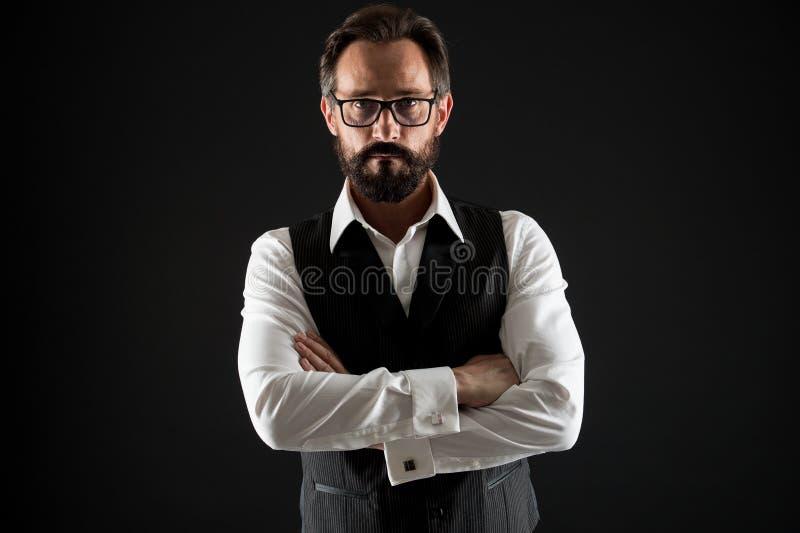Punte di successo dell'uomo di affari Sicuro e riuscito Gli occhiali convenzionali classici dell'abbigliamento dell'uomo d'affari fotografia stock libera da diritti