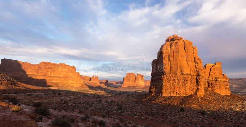 Punto de visión dramático del parque nacional Utah de los arcos foto de archivo