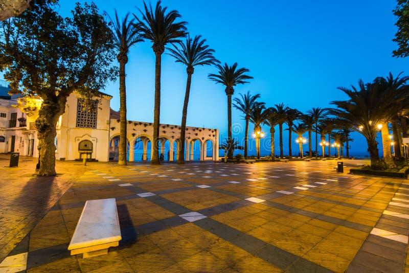 Punto de vista de Balcon de Europa en Nerja, Málaga, España fotos de archivo